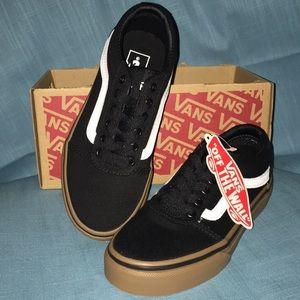NWT Vans Boys Skate Shoes